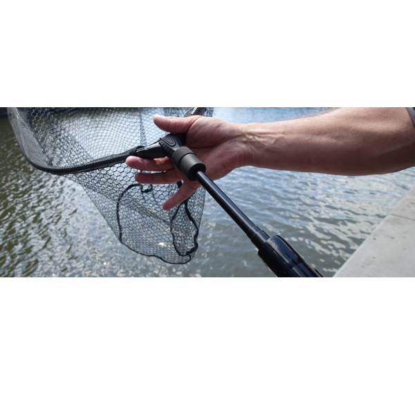Freestyle flip net handle